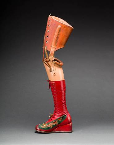 Prosthetic leg with leather boot. Museo Frida Kahlo. Photograph Javier Hinojosa. © Diego Rivera and Frida Kahlo Archives, Banco de México, Fiduciary of the Trust of the Diego Rivera and Frida Kahlo Museums